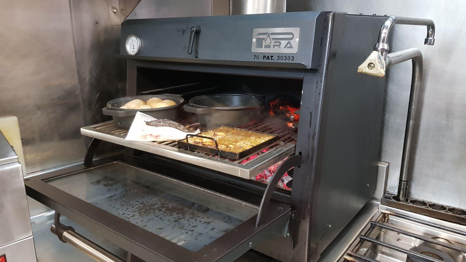Pira black 70 forno cotture